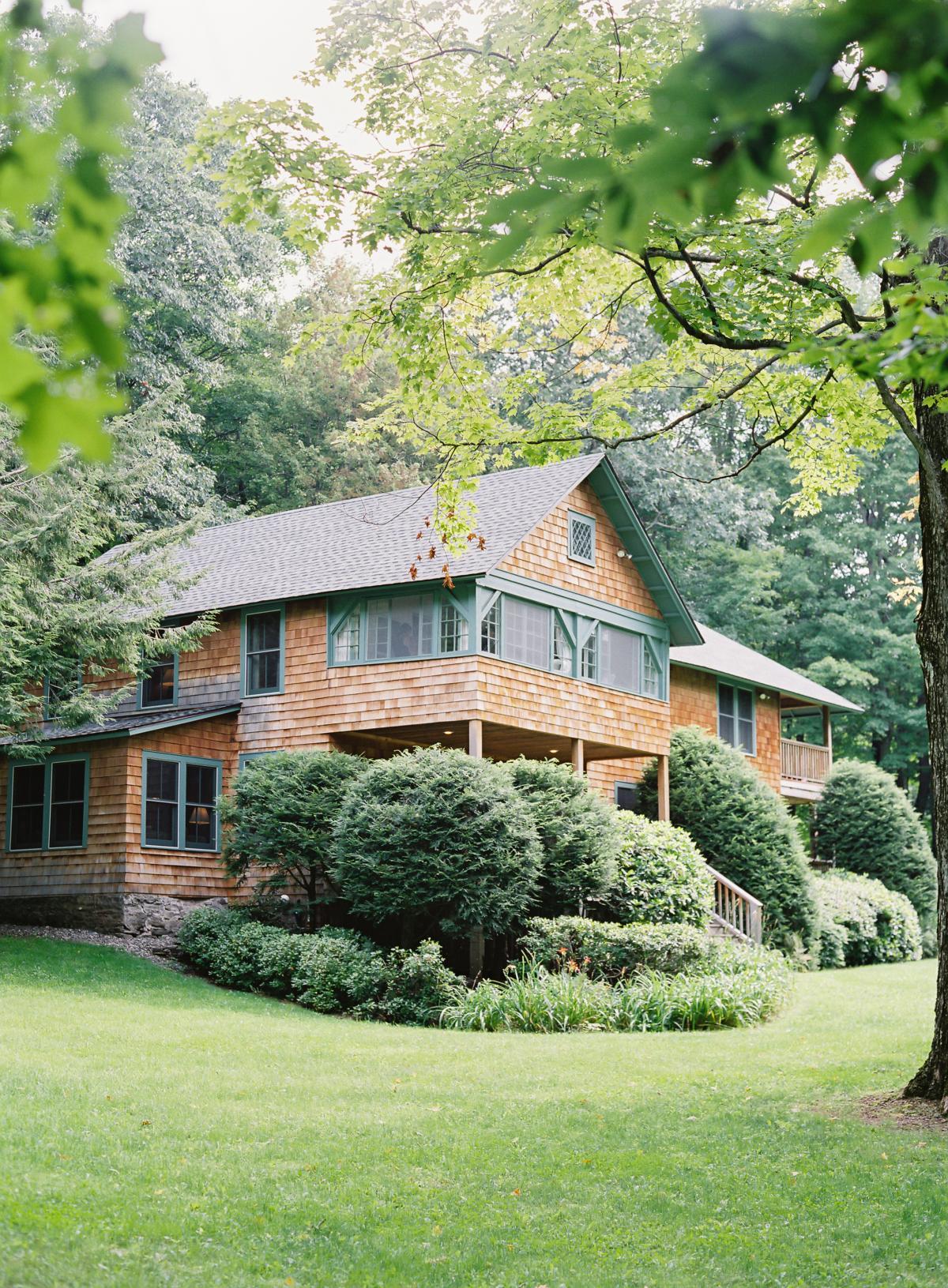 Catskill Mountains Hayfield Deer Mountain Wedding 0010