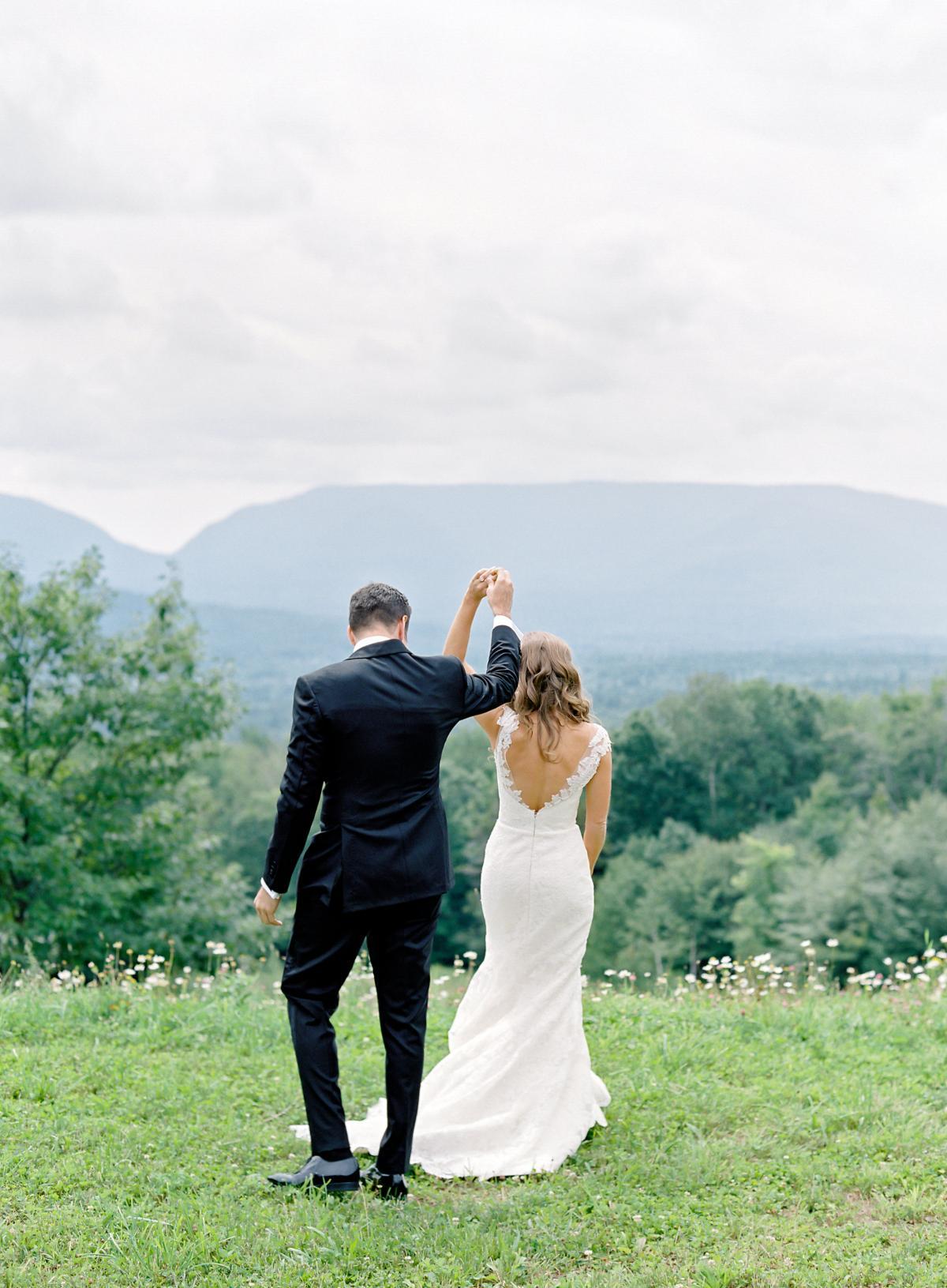 Catskill Mountains Hayfield Deer Mountain Wedding 0016