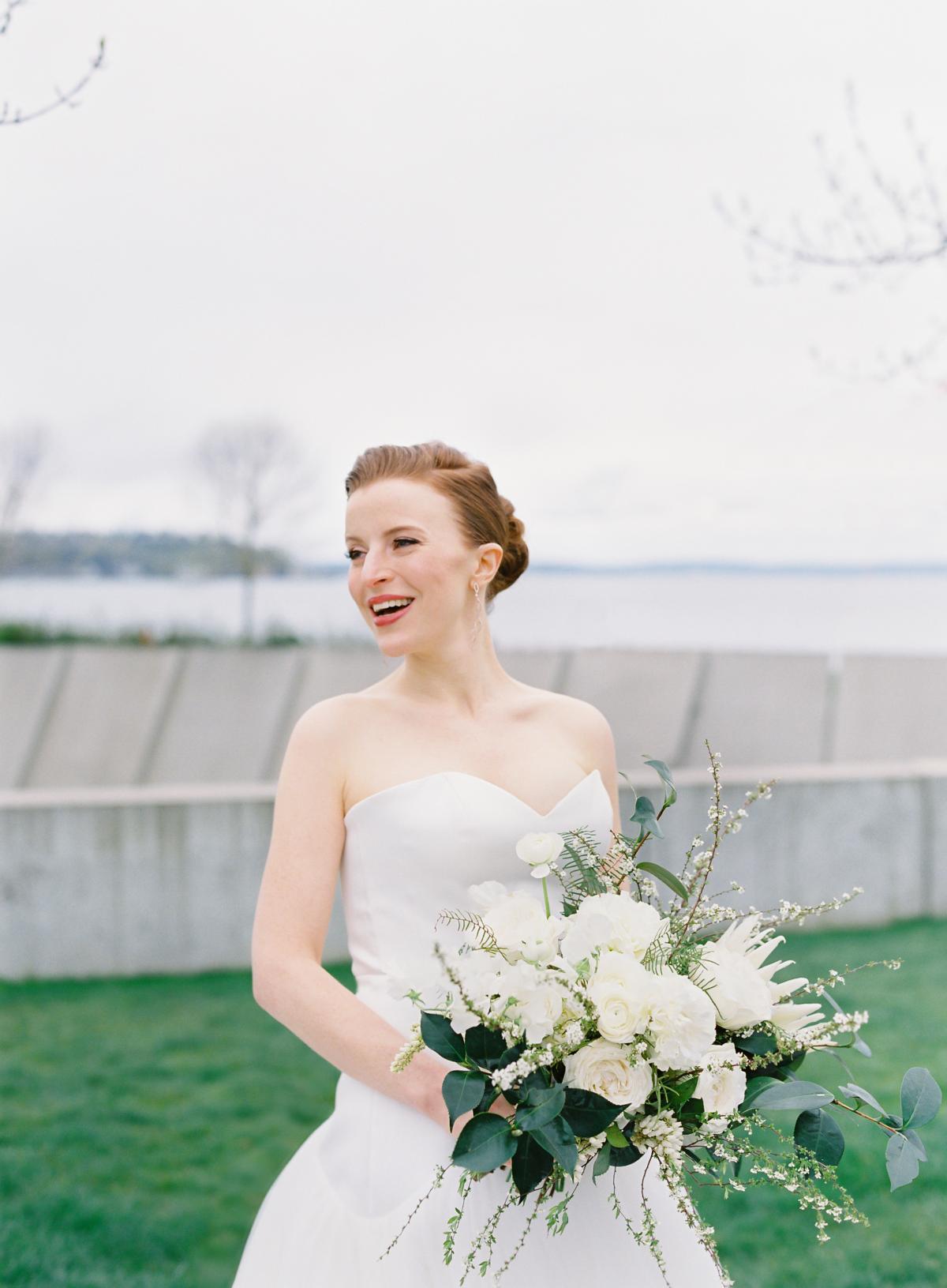 Downtown Seattle Emerald Green Wedding 0014