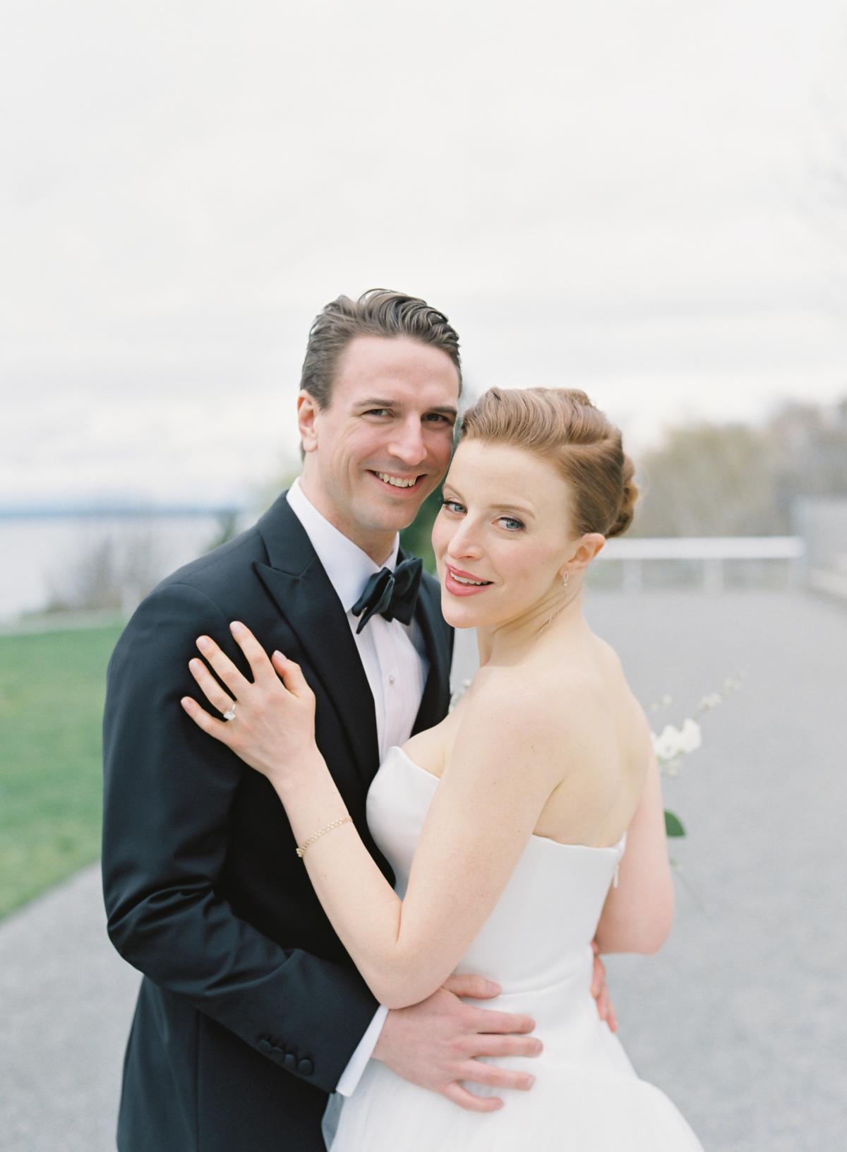 Downtown Seattle Emerald Green Wedding 0017