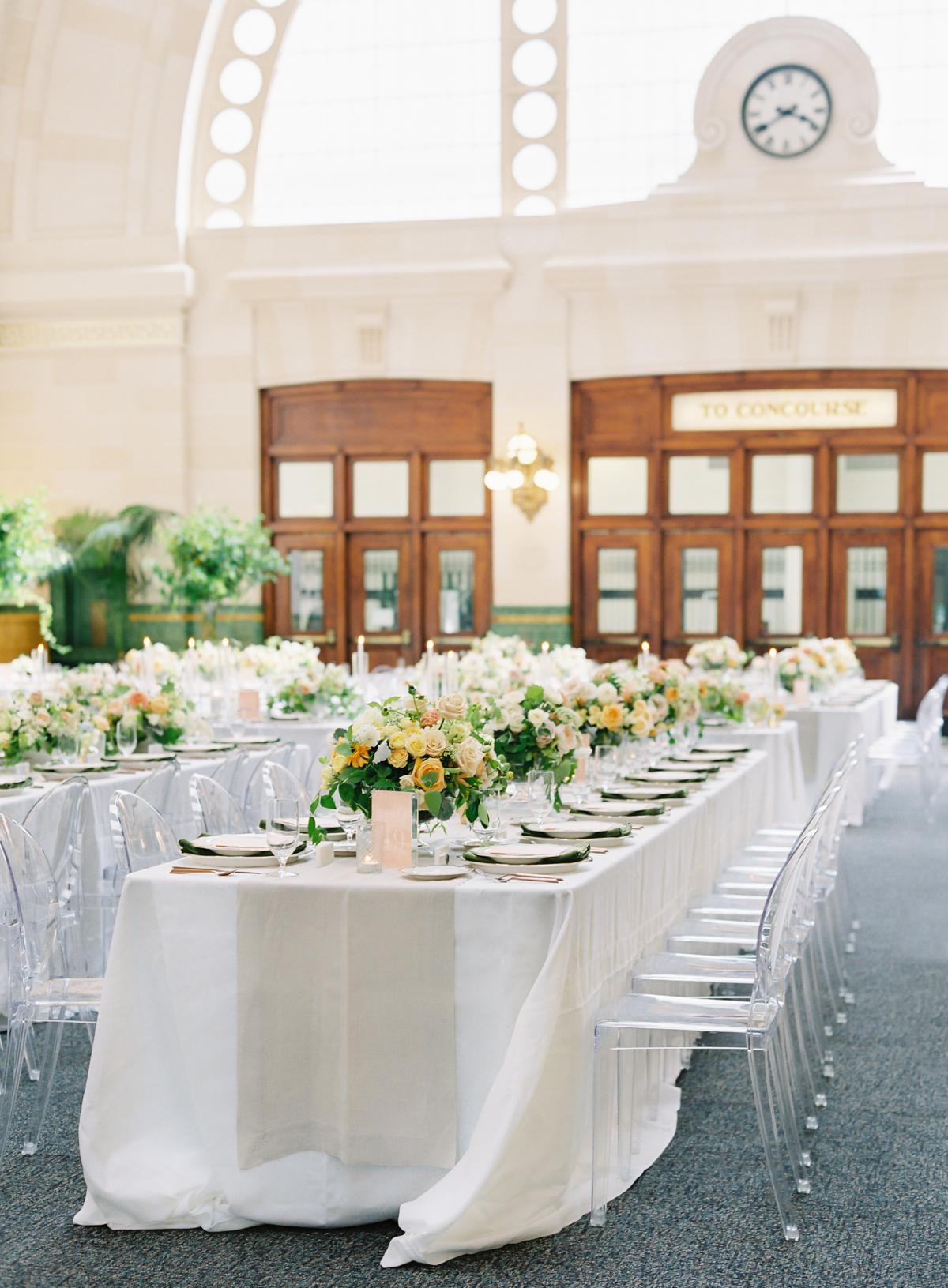 Great Hall At Union Station Seattle Wedding 0022