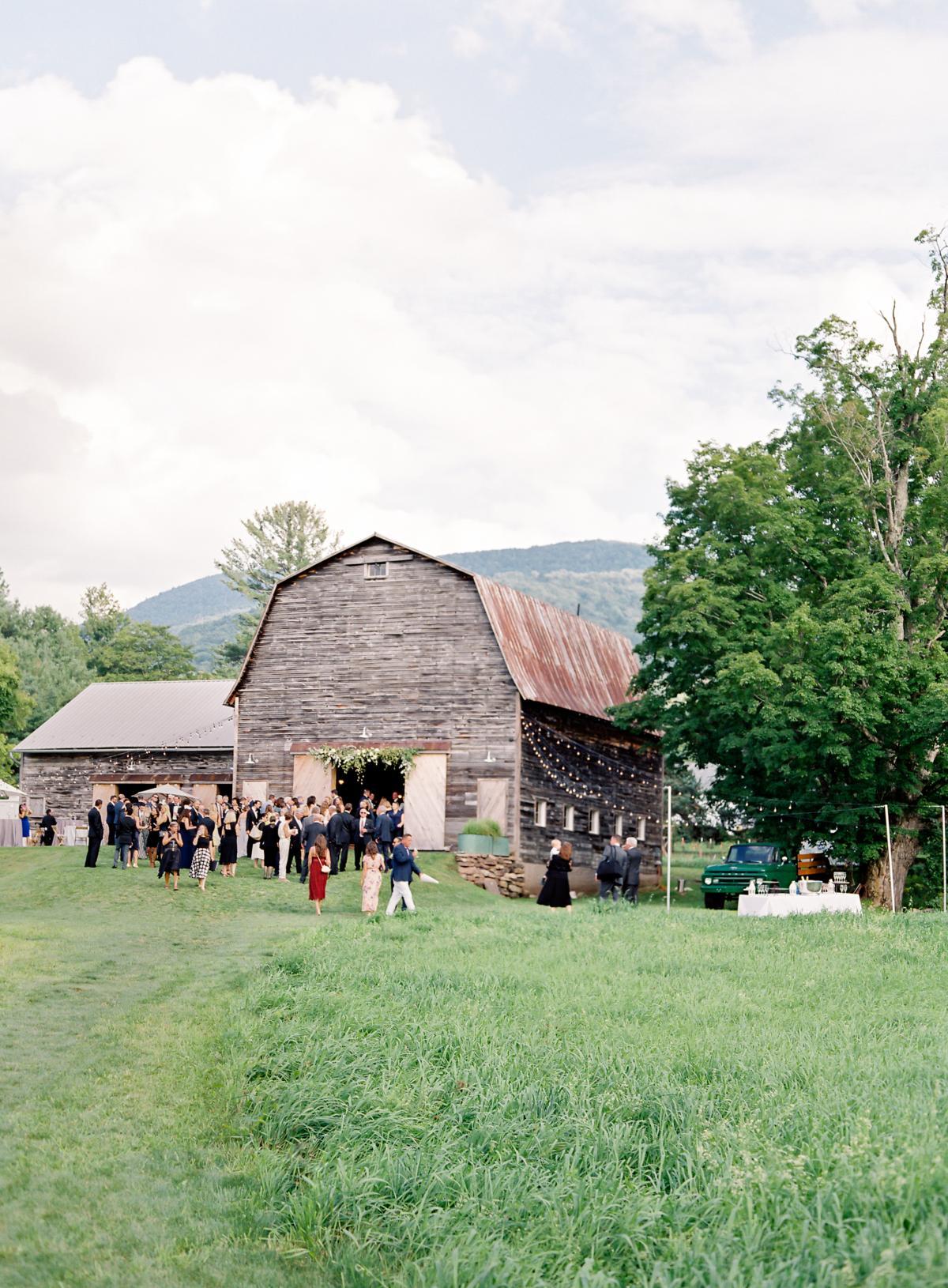 Catskill Mountains Hayfield Deer Mountain Wedding 0051