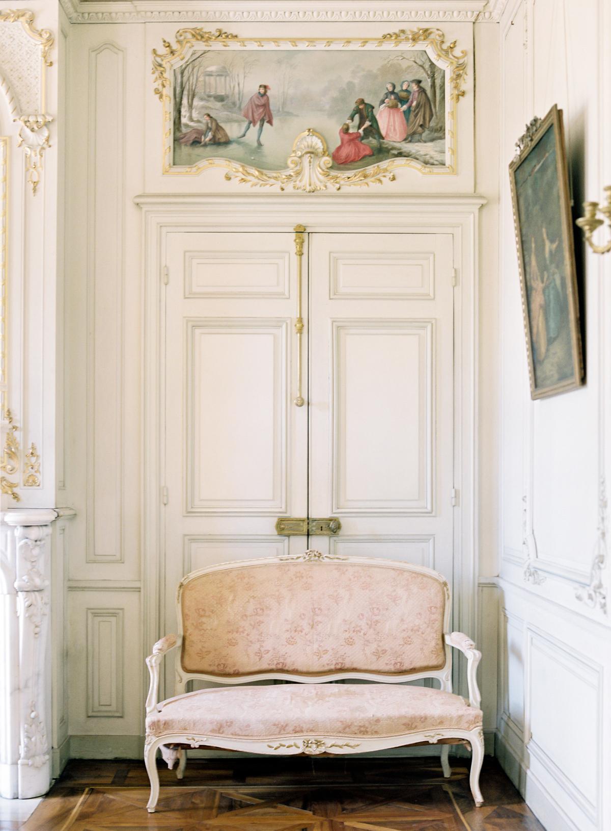 Chateau De Varennes Sinclair And Moore Wedding 0006
