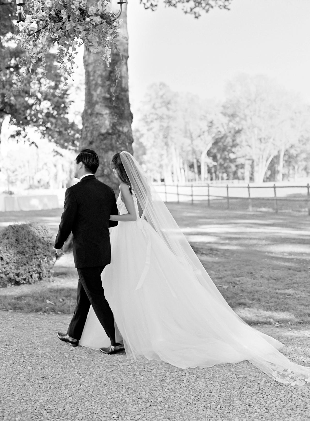 Chateau De Varennes Sinclair And Moore Wedding 0075