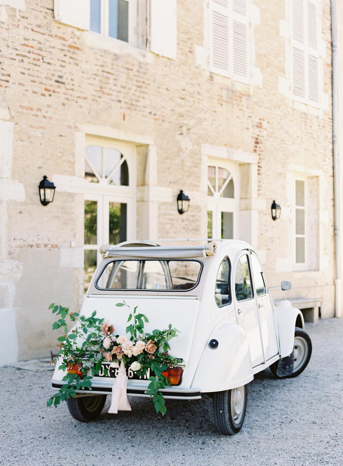 Chateau De Varennes Sinclair And Moore Wedding 0089