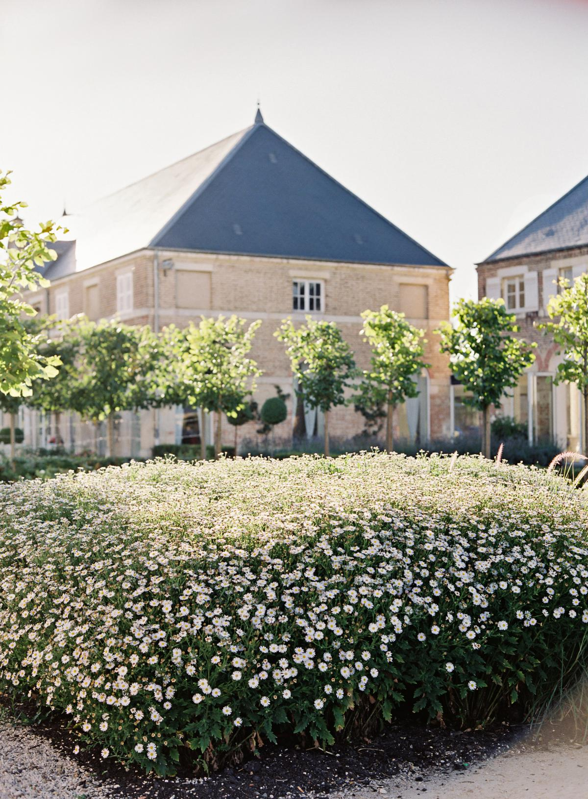 Chateau De Varennes Sinclair And Moore Wedding 0093