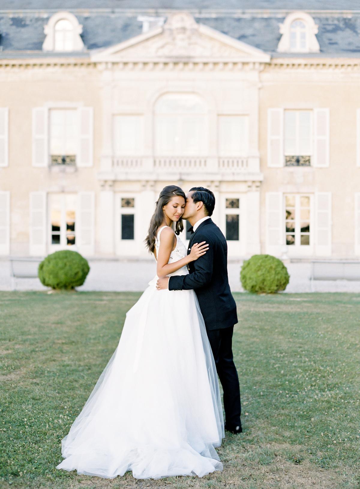 Chateau De Varennes Sinclair And Moore Wedding 0111