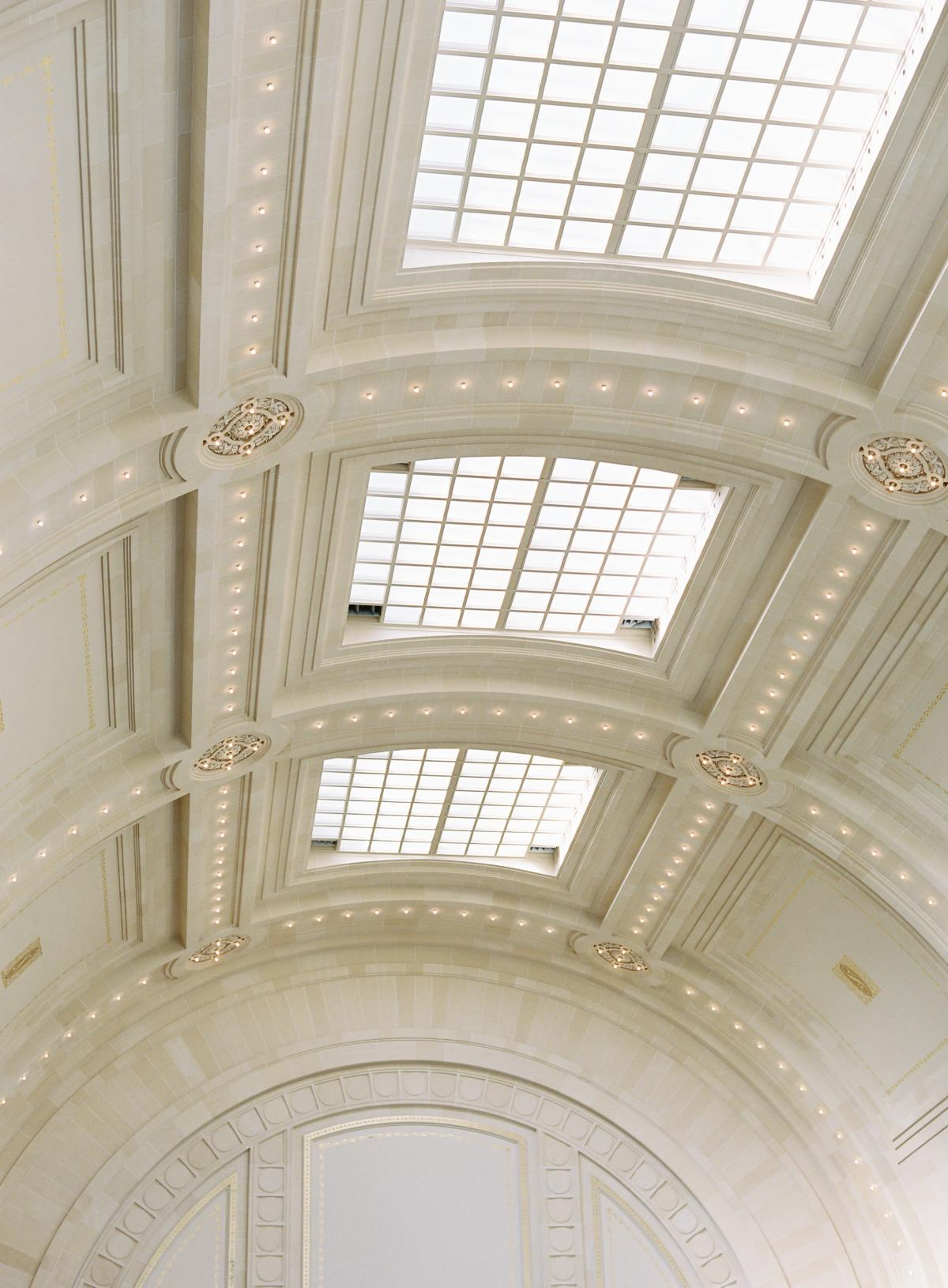 Great Hall At Union Station Seattle Wedding 0040