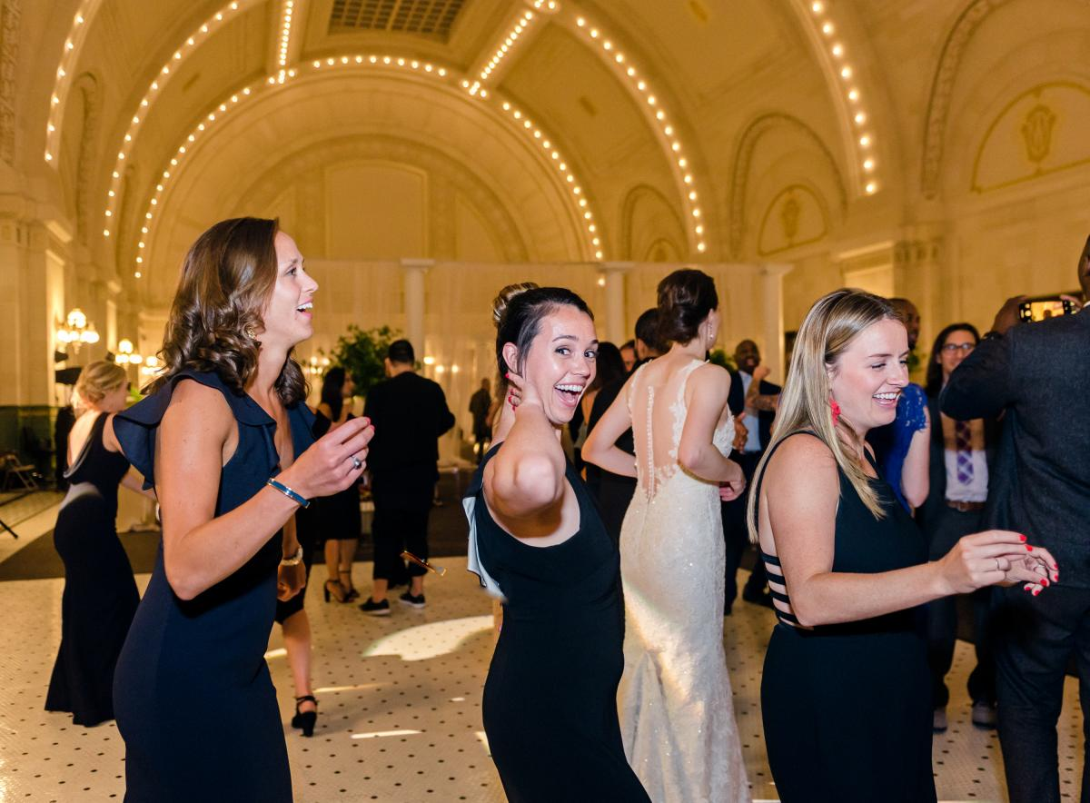 Great Hall At Union Station Seattle Wedding 0042